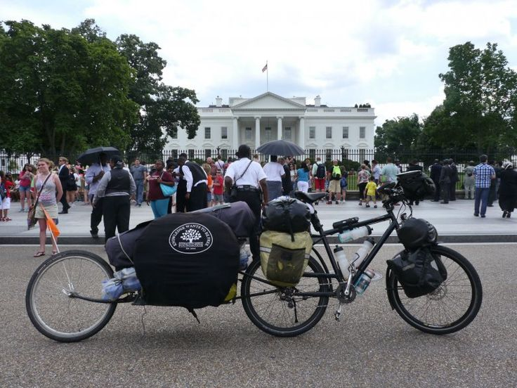 Share The Knowledge Tour arrives in Washington D.C. in the hope of persuading politicians to help our mission of lowering the cost of education.