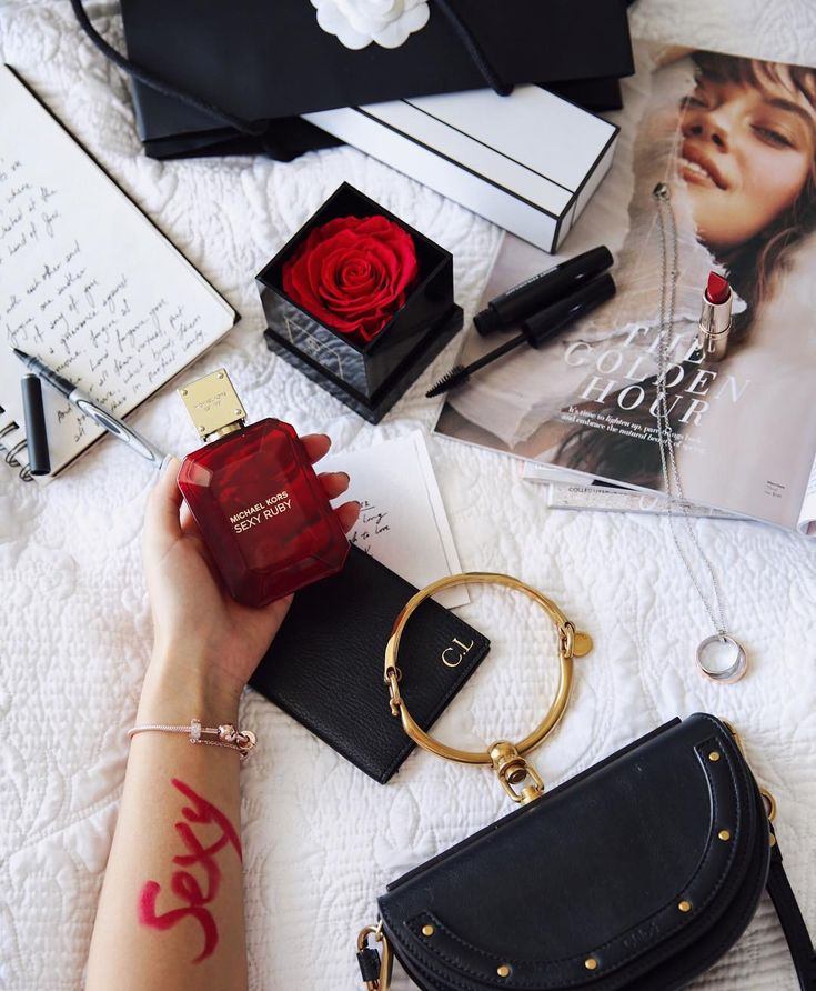 """""""When sexy is sophisticated"""" @lawstore spreading love for #michaelkors Sexy Ruby 💗 fragrance can empower you to be yourself www.phlanx.com  #fashion #perfume #fragrance #michaelkors #phlanx #sexyruby #collaboration #collab #influencer #influencermarketing"""