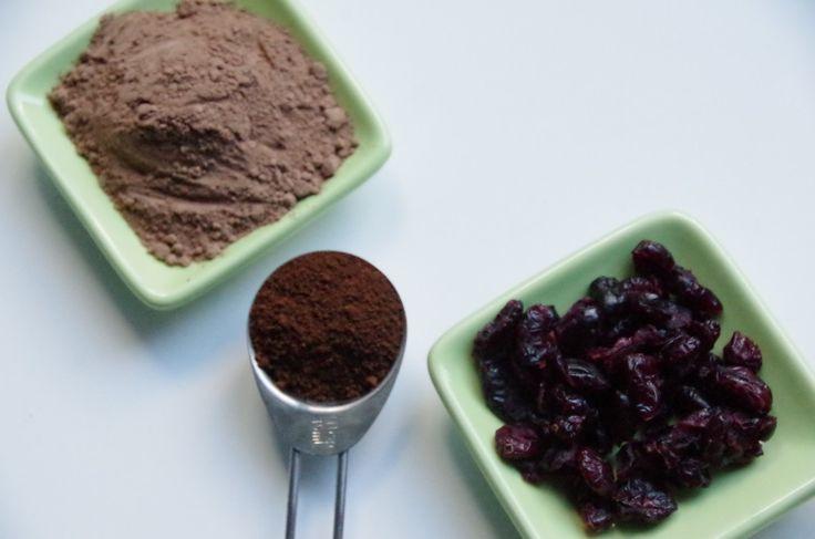 Homemade (Fairtrade) chocolate: two ways