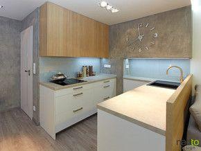 Moderní kuchyně bílá ve vysokém lesku