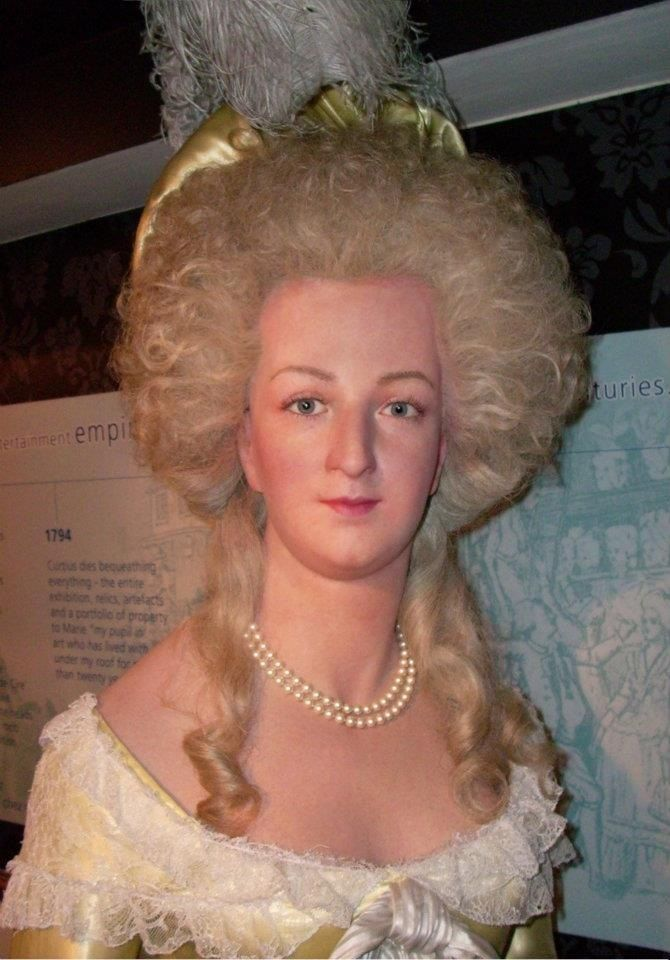 Accurate wax recreation of Marie Antoinette at Madame Tussaud's. Also, recreation of Marie Antoinette's famous hairstyle, coiffure à l'enfant.