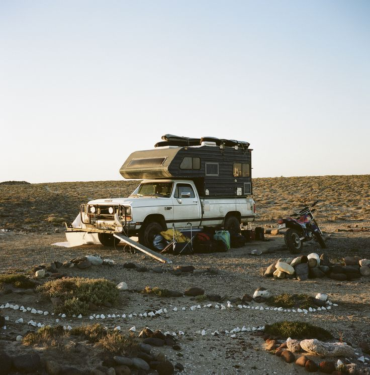 Dodge 3500 with Hardsided Camper Foster huntington