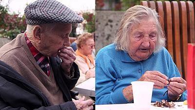 """Por Pedro Barros Las evidencias acerca del envejecimiento de la población europea son contundentes. La mayor esperanza de vida, unida a la baja fertilidad y el estancamiento en el crecimiento ejercen una gran presión sobre los sistemas de sanidad y de pensiones. En este episodio de Real Economy""""nos centraremos en nuestros sistemas de salud y …"""