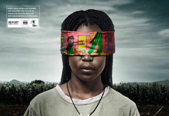 The Dream of a Gift: I Observed That The Campaigns, Human Trafficking, Picture-Black Posters, Nosso Futuro, Advertising Campaigns, Criança Nosso, Fal Promi, False Promise, Instituto Criança