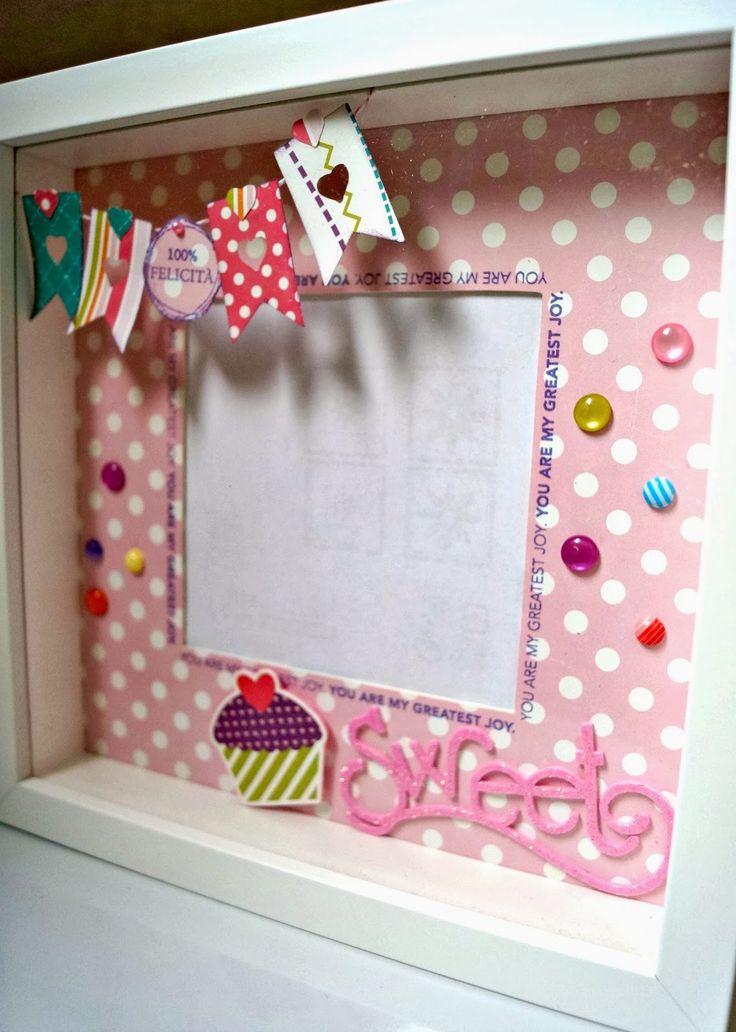 Dopo questa Ribba IKEA alterata eccone una per una bimba.       Decorata con le carte Little Girl della Echo Park e la scritta sweet è rita...