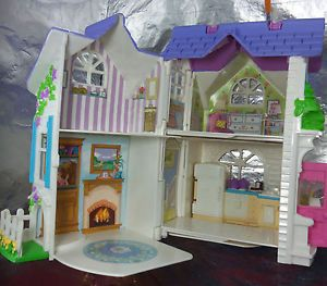 MATTEL-FISHER-PRICE-LOVING-FAMILY-SWEET-STREETS-COTTAGE-PLAY-HOUSE-W-ACCESSORIES