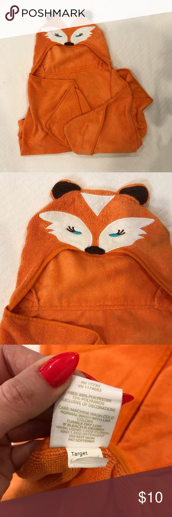 Circo Fox Hooded Towel Gently used towel in great condition. Super cute with Fox ears, eyes, tail and all.  Good to know ‼️ 📌Smoke and pet free home  📌Suggested user, 5 star seller & fast shipper  📌Let me know if you have any questions.  📌Check out my other listings and use sorting tool to find the size or the right category  📌Offers are welcome  ❌Trades  ❌Low ball offers   Thank you for stopping by! ❤️ Other
