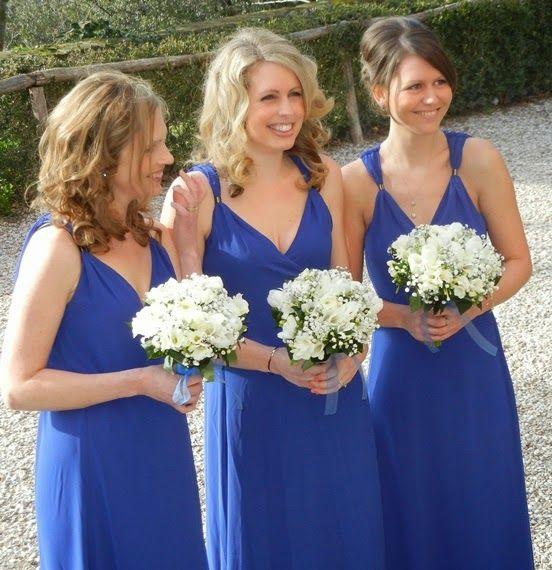 Floral decors can make the wedding venue memorable for you. Hire a talented Rome wedding florist- Debra at http://www.romeweddingteam.com/rome-wedding-florist/.