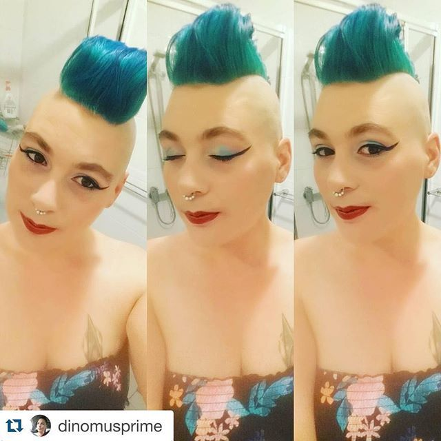 #Repost @dinomusprime ・・・ New hair, dont give a fuck  #turquoise #hair #mohawk #lipstick #lipsofinstagram #eyeshadow #eyes #altgirl #alternative #makeup #freshcut #alternativegirl #tattoo #startrek #startrektattoo #hermansamazinghaircolor #tammyturquoise #septum #septumclicker #vegan #unique #hermanprofessional #hermanshaircolor @hermanshaircolor