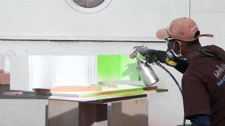 Ventajas del MDF al ser expuesto a lacas o pinturas de poliuretano.