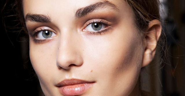 7 Clear Brow Gels to Keep Your Arches in Place | Byrdie