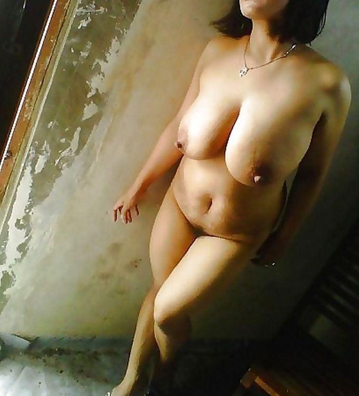 foto bugil wanita indonesia igo toket brutal bugil diloteng,tante semok toket gede puting mancung telanjang ,gambar bokep ibu semok tetek montok badan berisi,tante girang punya tetek besar dan kencang