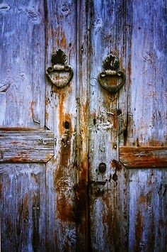 LA REGINA DEL VELENO: Quando si chiude una porta, si può aprire di nuovo...