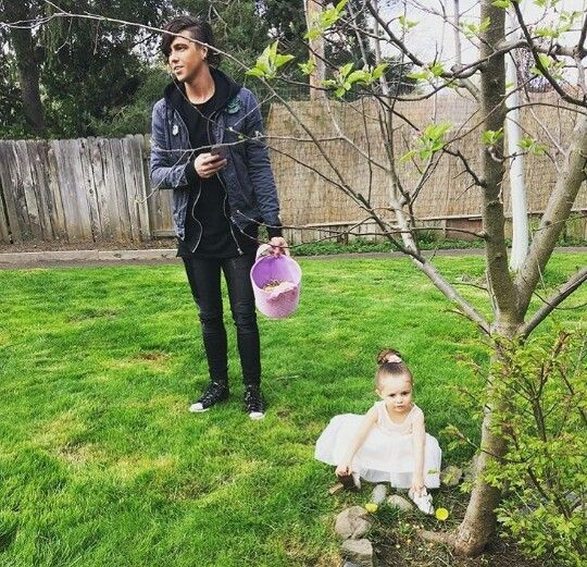 Kellin Quinn (Sleeping With Sirens) and his daughter Copeland, Easter 2016