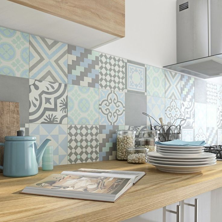 Patchwork Of Cement Tiles For Credence Leroy Merlin Remodel Remodeladditions Remodelclothes Remodeldiy Home Decor Kitchen Decor Home