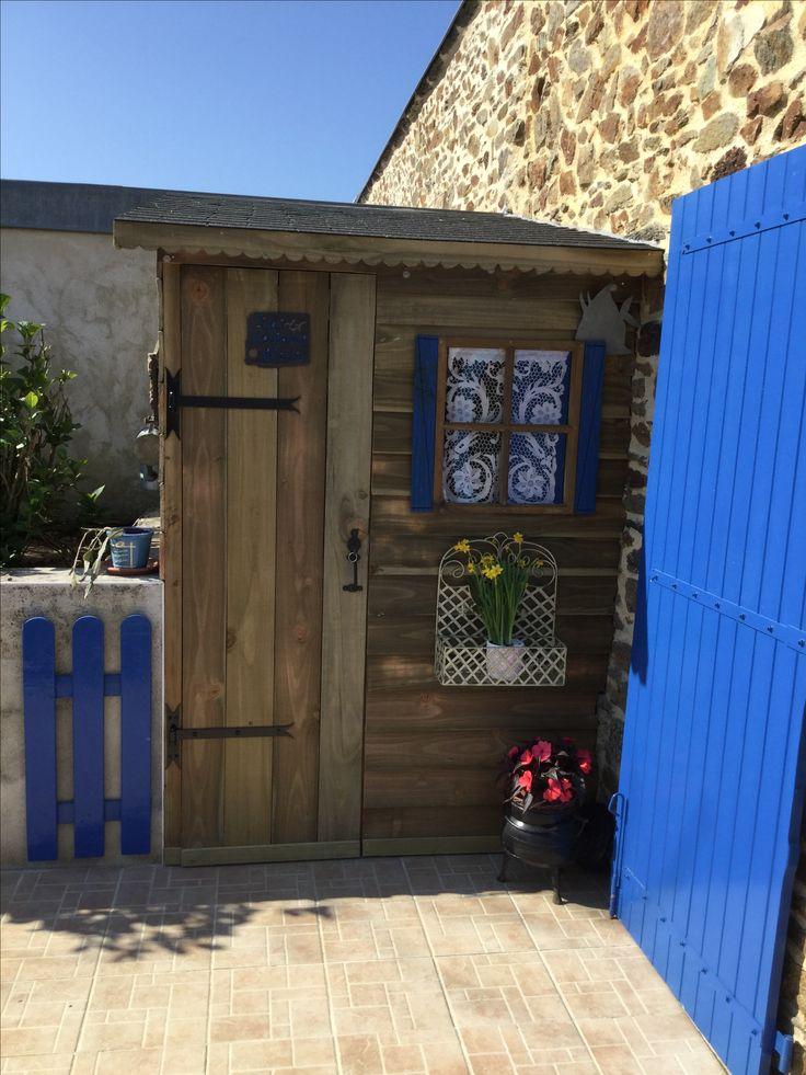 Cabane vue de face Dans le Morbihan