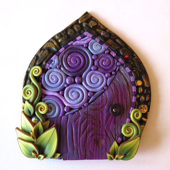 Purple Daydream Fairy Door Miniature Pixie Portal por Claybykim