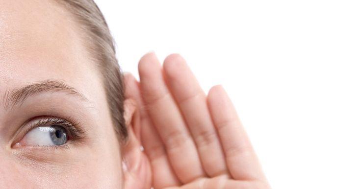 ¿Qué es la dislexia auditiva?. Los científicos pensaban que la dislexia se debía principalmente a la discapacidad visual. Una idea común, por ejemplo, era que la dislexia se basó principalmente en la inversión visual de las letras durante la lectura. Hoy en día, sabemos más. Hay muchos subtipos de dislexia, y aunque no hay evidencia de que algunos pacientes con dislexia sufran ...