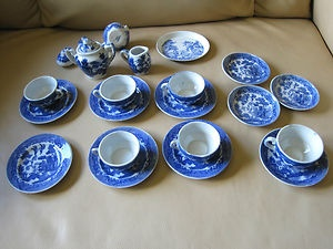 blue willow child's dishes - I still have my set, plus some additional pieces I've collected over the years. my sister and I used to have tea parties in our bedroom closet - good memories ;-)