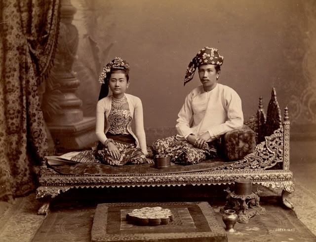Thibaw and his queen Supalayat, 1890s