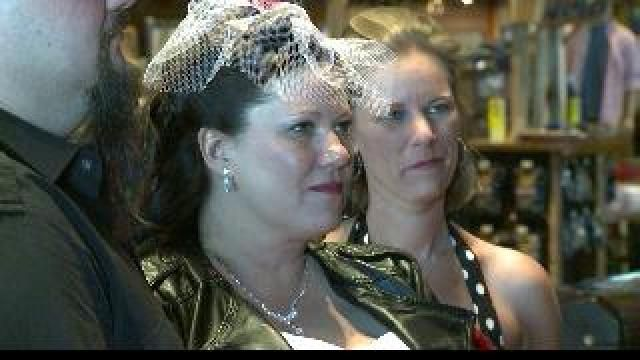 VALENTINE'S WEDDING: Couple Ties Knot At Hunting Store