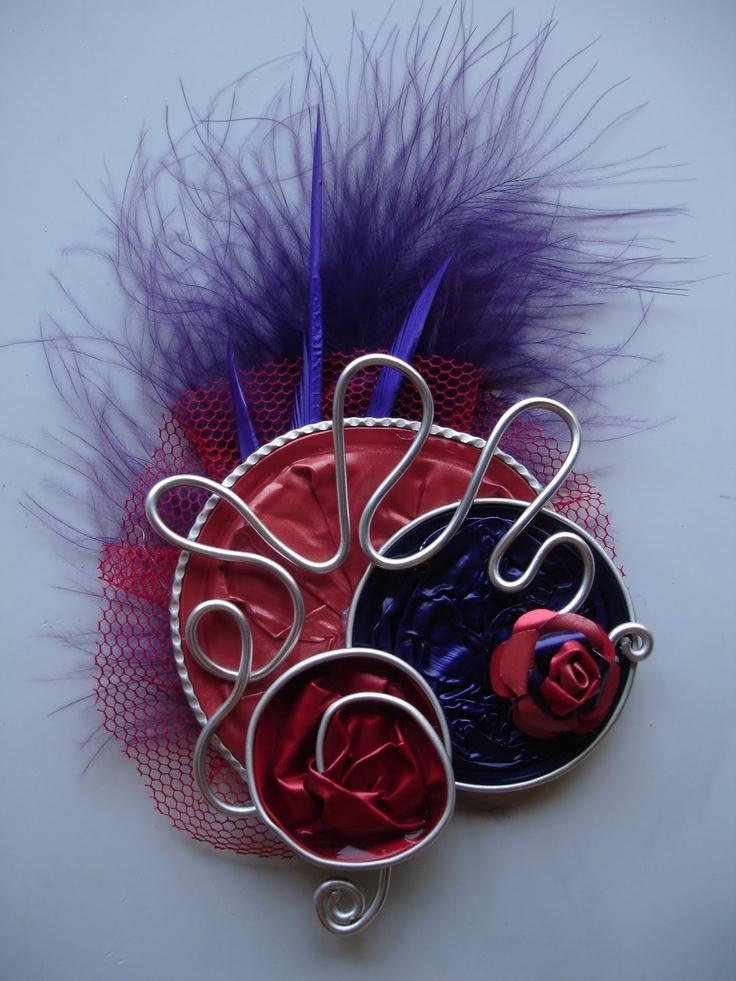 Broche  http://izzyar.blogspot.com/