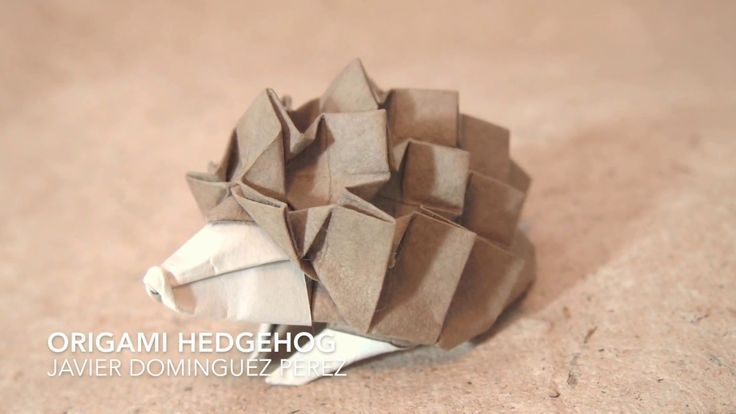 Origami hedgehog by Javier Dominguez Perez: This is the super cute origami hedgehog by the Spanish origami designer Javier Dominguez Perez. This model is fold from a sort of grid and diagrams can be found in Tanteidan Convention book 20. This is a cool and not so difficult model to fold I hope you manage it share your fold with me! jmorigamitutorials@gmail.com !   Paper used in the video: kami 30x30cm Level: Complex  Enjoy!