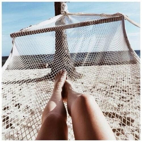 1000+ Ideas About Girl On Beach On Pinterest