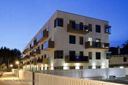 32 Fadura Dwellings / Erredeeme
