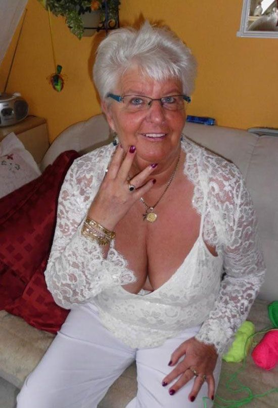 Big Busty Grannies 18