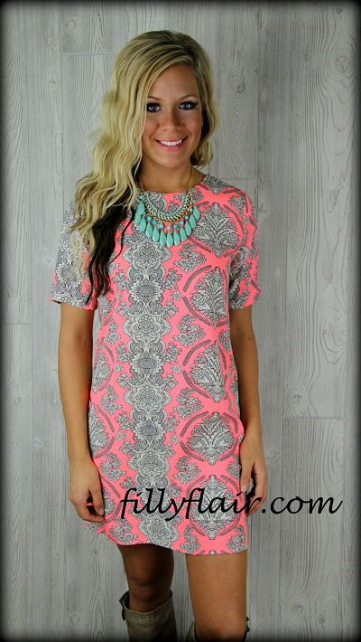 A little Vintage Short sleeve dress in neon PINK: Filly Flair