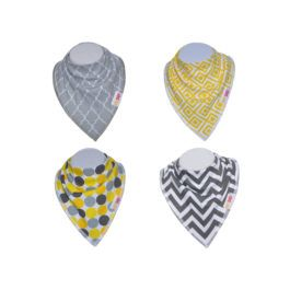 Keep your baby dry and clean with  organic cotton baby bandana bibs .