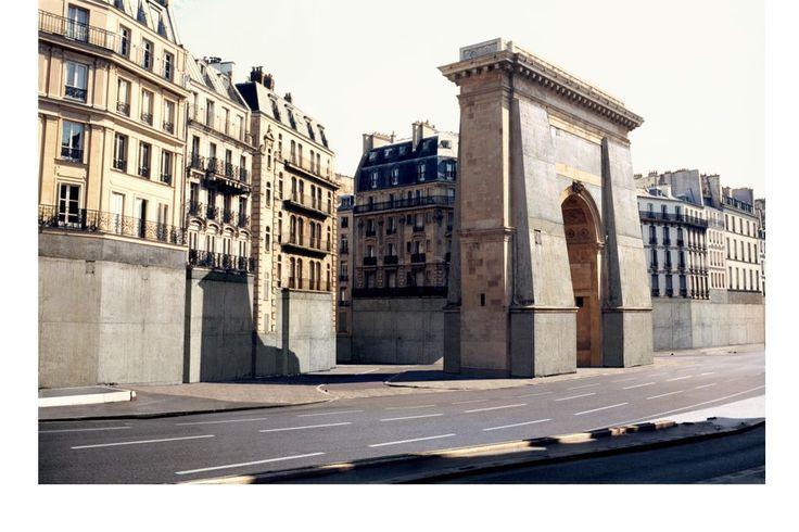 Vider Paris, 2001, installation vidéo, bande sonore - Nicolas Moulin.: