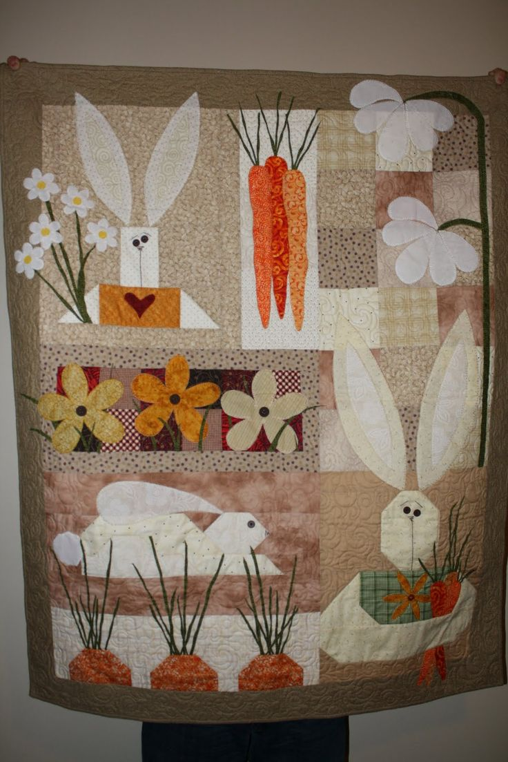 easter quilts | Easter Quilt: Quilts Quilts, Quilts Patterns, Easter Quilts, Quilts Sewing, Sewing Quilts, Holidays Quilts, Easter Bunnies, Spring Quilts, Endless Crafts