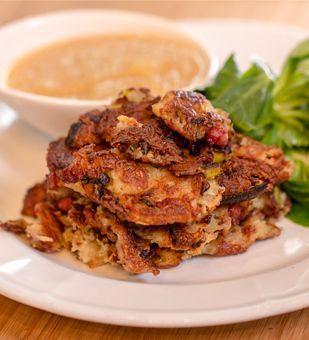 Herzhafter Gericht mit Kartoffeln, Lauch und Speck aus der Einfach Hausgemacht -westfälische Küche
