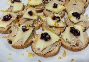 Canapé de foie con manzana y mermelada