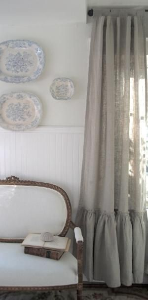 Linen curtains by Adriana Godoy