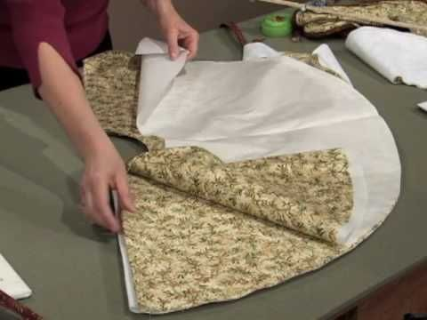 Create a Christmas tree skirt