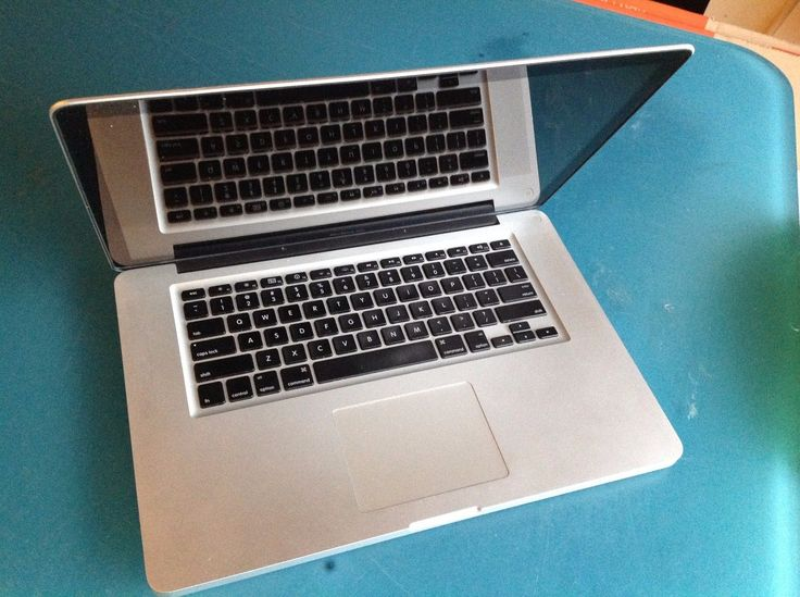 Apple Macbook Pro 15 2011 2GB RAM No HDD Battery. Hangs. FOR PARTS #10