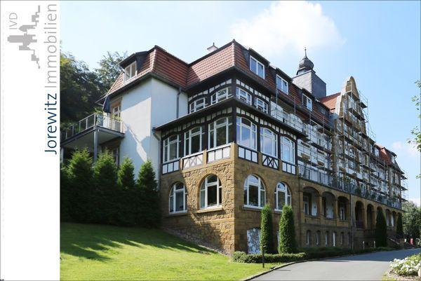 KJI 5135 | Sieker-Schweiz: Wohntraum inmitten des Teutoburger Waldes | Anzahl Zimmer: 3 | Wohnfläche: 136 qm | Kaufpreis: 320.000,00 Euro | Ansprechpartner: Sabrina Lasota | Telefon: 0521-55600032 | email: sl@jorewitz-immobilien.de