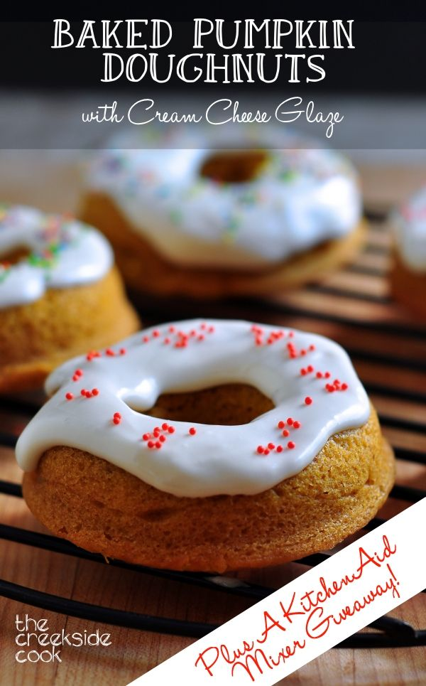 them moist & yummy -perfect for this fall: Baked Pumpkin Doughnuts ...