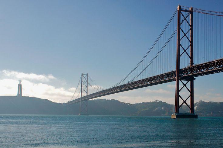 Puente 25 de abril y Cristo Rey de Lisboa