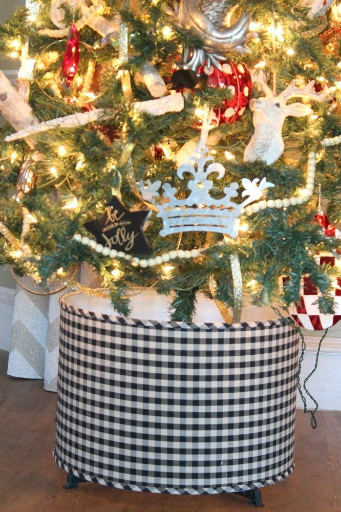 64 best christmas cars with trees wreaths images on pinterest christmas trees christmas car. Black Bedroom Furniture Sets. Home Design Ideas