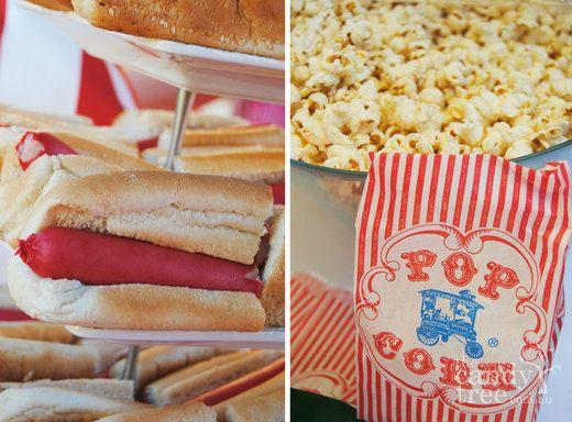 Festa de circo combina com hot dog e pipoca!!!