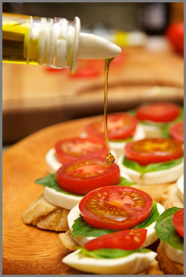 Bruschetta in eleven minutes tops!  http://www.caramelizelife.com photo credit: http://www.weymullerphotography.com