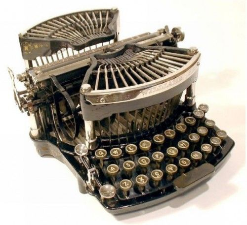 Macchine da scrivere antiche (14)