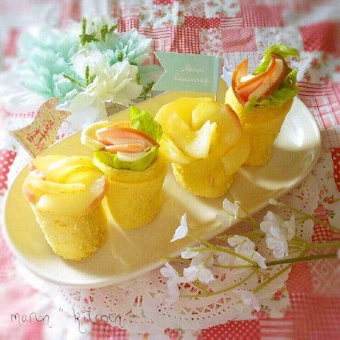 くるくる巻くだけでかわいい見た目になる「フラワーサンドイッチ」。お弁当箱がお花畑のように華やかに!