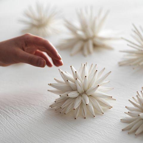 Shibori cosido a mano y atado en seda.  Estructuras de polen