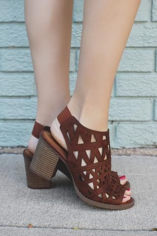 Footwear – Page 3 – UOIOnline.com: Women's Clothing Boutique