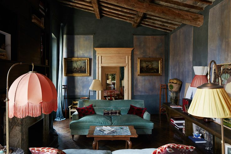 An Ancient Tuscan Farm Turned Magical, Bohemian Home - The New York Times